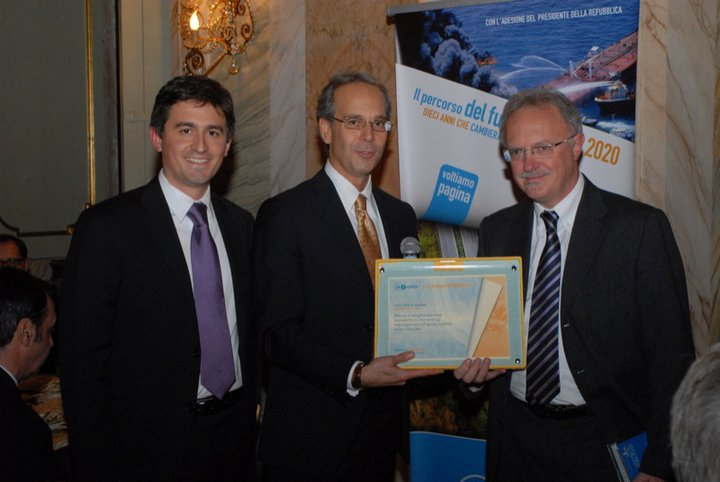 eproinn Award roma for a paper on hybrid solar vehicles 2010